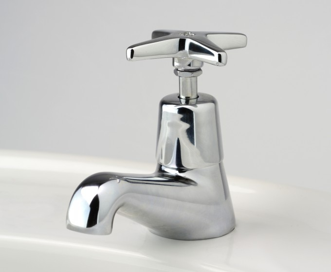 Photo: BA3085 in Chrome Plate (CP) finish, shown with Cold handle