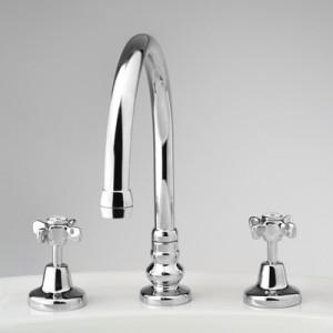 Heritage Hob Set with Swivel Gooseneck Spa/Bath Filler
