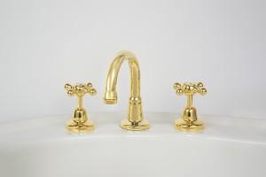 Photo: RU4012 in Antique Brass (AB) finish