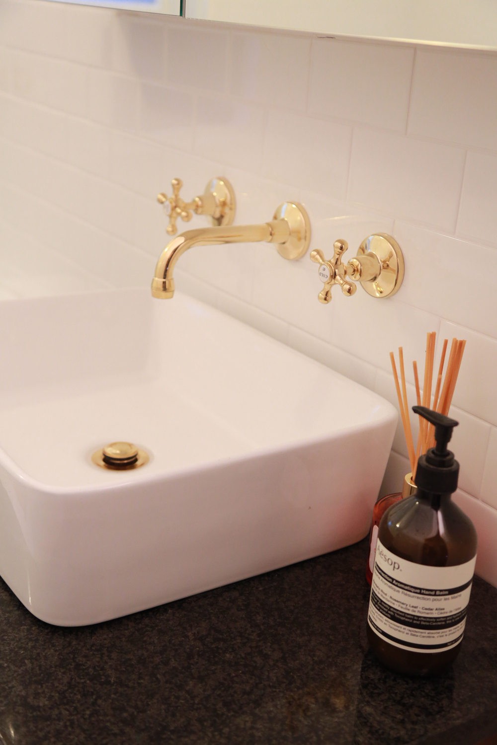 Roulette Bath Set (Basin Configuration) in Antique Brass finish